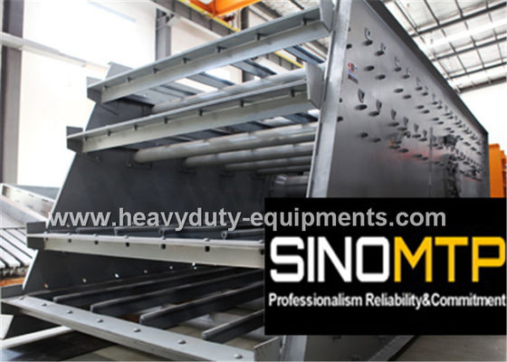 China 2 Layers Vibrating Screen Machine 2100×6000 mm 7-11 mm D - Amplitude supplier