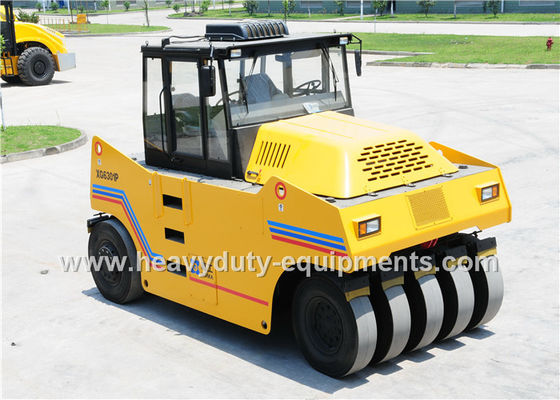 China Pneumatic Road Roller XG6301P 29500kg working Weight with cummins engineFor Asphalt Road supplier