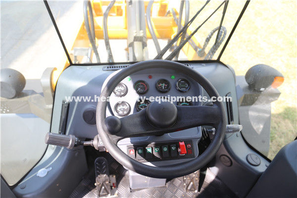 3000kg Loading Capacity And 1.8m³ Bucket Wheel Loader For Contruction Using